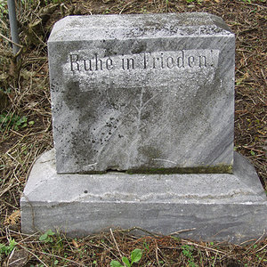 Tombstone Hebrew 17