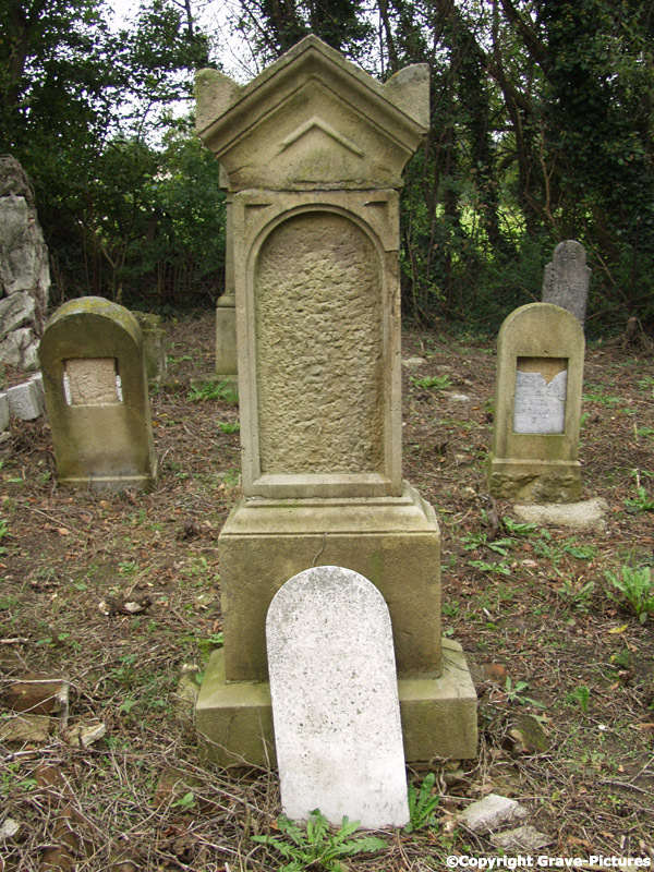 Tombstone Hebrew 14